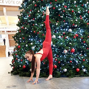 christmas contortion show hire uk
