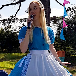 alice in wonderland themed show hire