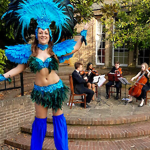 rio samba stilt walkers hire uk