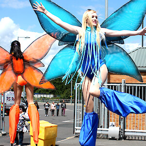 summer themed entertainment hire uk