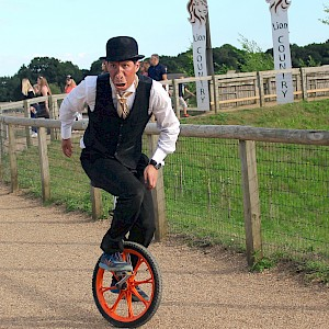 unicycle performer hire uk