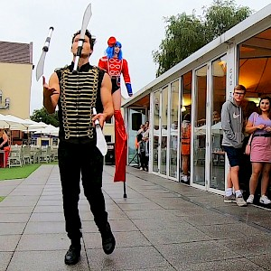manchester knife juggler hire uk