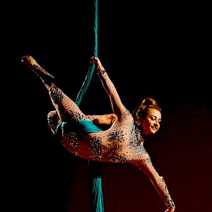 hire greatest showman performers uk
